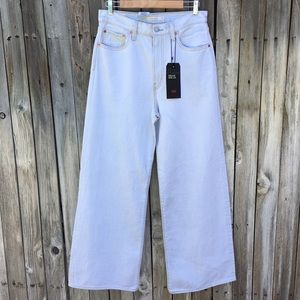 NWT Levi's Ribcage Wide Leg Jean Cold As Ice 31